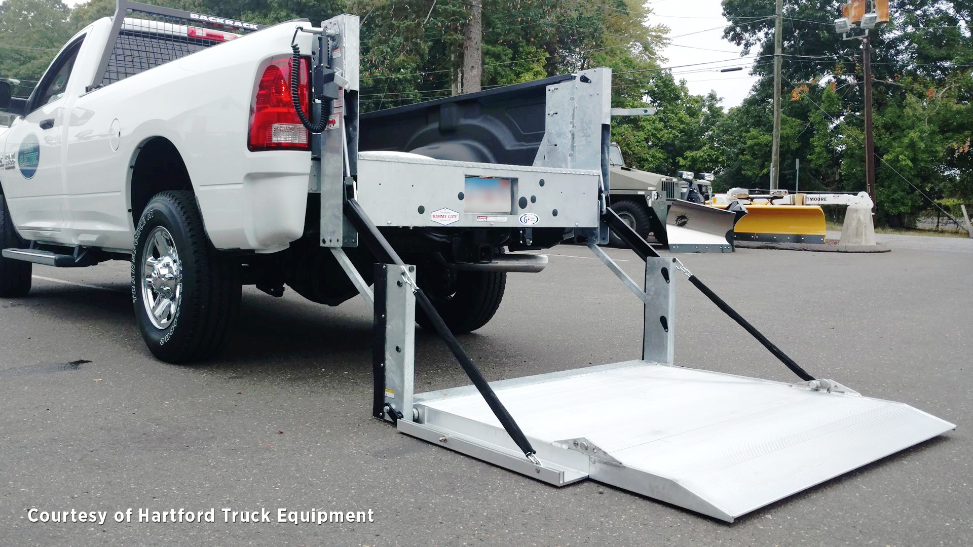 Tommy Gate Liftgates For Pickups What To Know How Install Wiring Harness Trailer Hitch Moreover Ford Haulers Of Spillable Liquids Will Need A Material That Allows Liquid Pass Through The Platform Loading Surface Whereas Operators Working In Highly